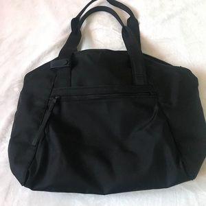 Lululemon Free To Be Bag 💛 NWOT